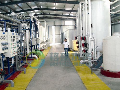 该工艺的关键技术EDI系电渗析(ED)和离子交换技术(DI)有机结合,达到连续除盐、运行维护简单、无酸碱排放污染